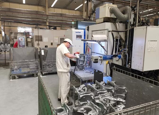 大连亚明:创世界一流压铸企业,做最受社会信赖公司