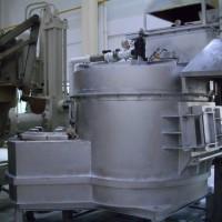 熔化兼保温炉